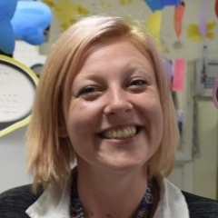 Ms Allford at Ravensfield Parimary School