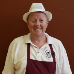 Mr Hynes at Ravensfield Parimary School